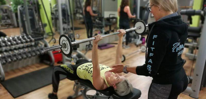 hh-liikuntapalvelut-heidi-ilomaki-ryhmaliikunta-bailamama-personal-trainer-sastamala